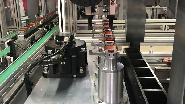 分块式无刷定子生产线发货到客户工厂