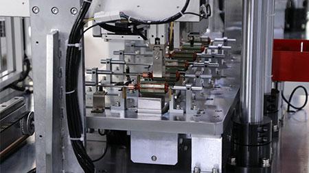 电机转子弯芯修正机-局部图.jpg